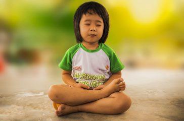 yoga enfants 5 bienfaits