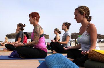 silence yoga groupe femme